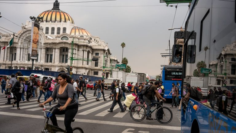 Most of Mexico City's downtown intersections are covered by the C5 security system.